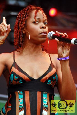 Aisha Davis (Jam) with The Sheng Yeng Clan 23- Summer Jam, Fuehlinger See Koeln - Red Stage 04- Juli 2008 (1)-JPG
