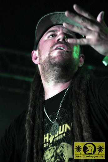 Jah Sun (USA) and The House Of Riddim Band 21. Reggae Jam Festival - Bersenbrueck 24. Juli 2015 (9).JPG