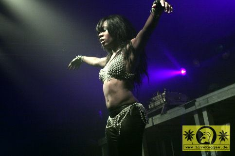 Kingstone Sound (D) with The Killa Queens 25. Summer Jam Festival - Fuehlinger See, Koeln - Dancehall Tent 02. Juli 2010 (14).JPG