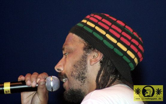 P.A.T. (Jam) with The Sharp Axe Band 11. Chiemsee Reggae Festival, Übersee - Tent Stage 20. August 2005 (2).jpg