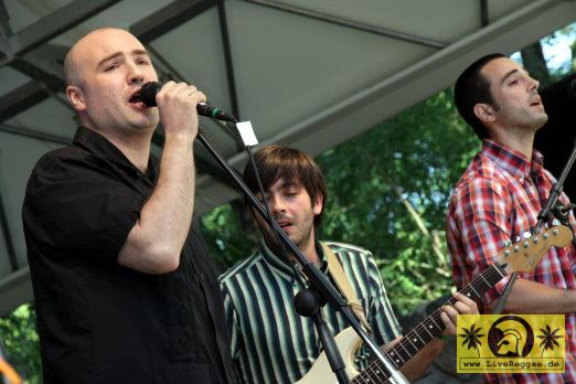 Ruben Lopez and The Diatones (E) 17. This Is Ska Festival - Wasserburg, Rosslau 21. Juni 2013 (1).JPG