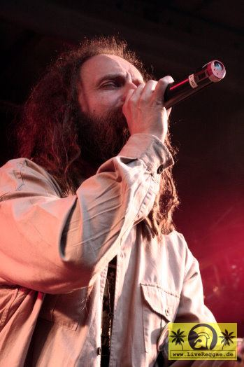 Uwe Banton (D) and The House Of Riddim Band 12. Reggae Jam Festival - Bersenbrueck 12. August 2006 (3).jpg