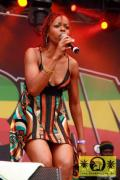 Aisha Davis (Jam) with The Sheng Yeng Clan 23- Summer Jam, Fuehlinger See Koeln - Red Stage 04- Juli 2008 (4)-JPG