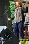 Doreen Shaffer (Jam) with The Magic Touch 19. This Is Ska Festival - Wasserburg, Rosslau 27. Juni 2015 (19).JPG