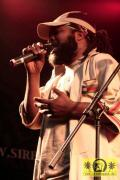 Elijah Prophet (Jam) with The House Of Riddim Band 12. Reggae Jam Festival - Bersenbrueck 13. August 2006 (3).jpg