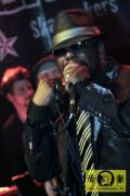 Roy Ellis (Jam) with The Magic Touch (D) Skankin-round The X-mas Tree, Kassablanca Jena 26- Dezember 2010 (14)-JPG